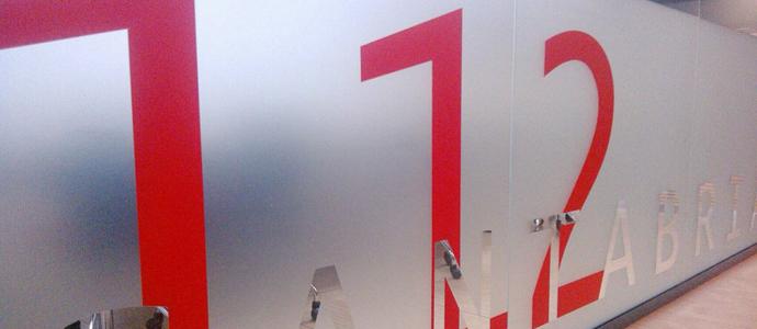 El 112 abrir sus puertas para conmemorar el d a europeo for Puertas kiuso telefono